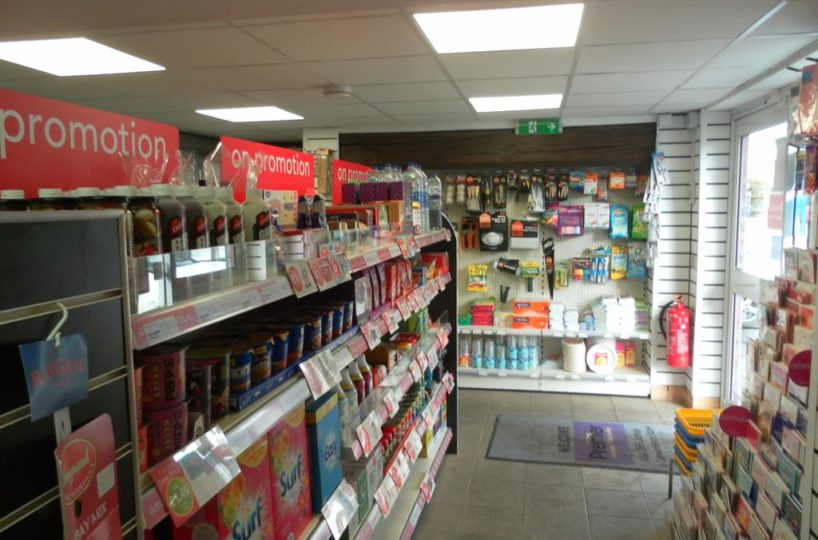Freehold Convenience Store and Off-Licence Located In Polesworth