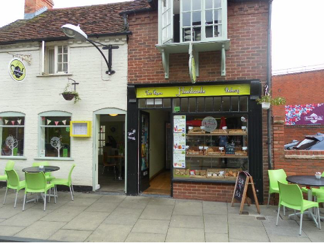 Coffee Shop, Tearooms and Sandwich Bar In Stratford-Upon-Avon